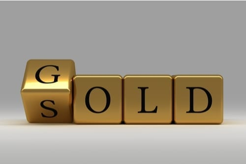 "letters changing from ""sold"" to ""gold"""