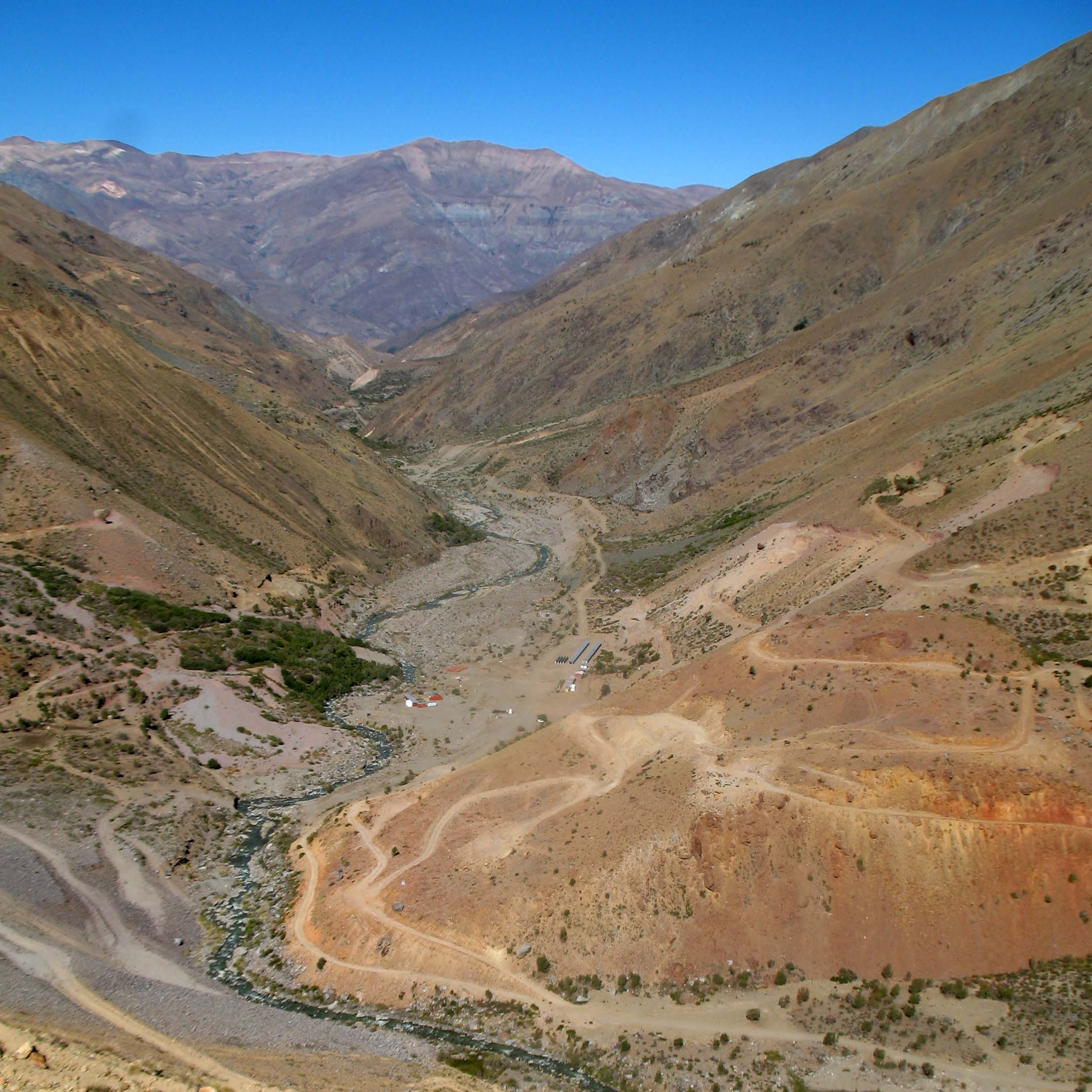2012-04-18 Vizcachitas Looking South
