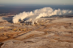 When Can Oilsands Companies Resume Production in Fort McMurray?