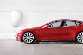 Tesla Signs First Lithium Supply Agreement