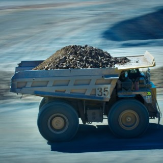 Glencore to Cut Annual Zinc Output by 500,000 Tonnes