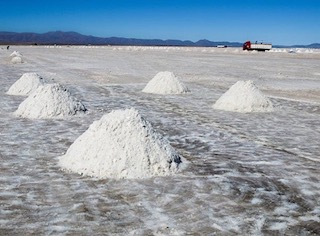 Lithium Project to Receive $15-million Investment from Australian Government